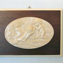SP 092 cm 26x36 - Quadro Angeli musici in marmorina su pannello in legno
