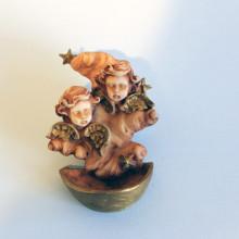 SP 076 cm 6x10 - Acquasantiera Angeli con stelline in marmorina decorata a mano