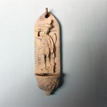 SP 099 cm 3,5x12 - Acquasantiera San Michele Arcangelo in marmorina