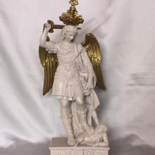 SP 019 base: cm 7,5x12,5  h:35 cm n.b.: corona e spada smontabili -  San Michele Arcangelo in marmorina con particolari decorati a porporina oro